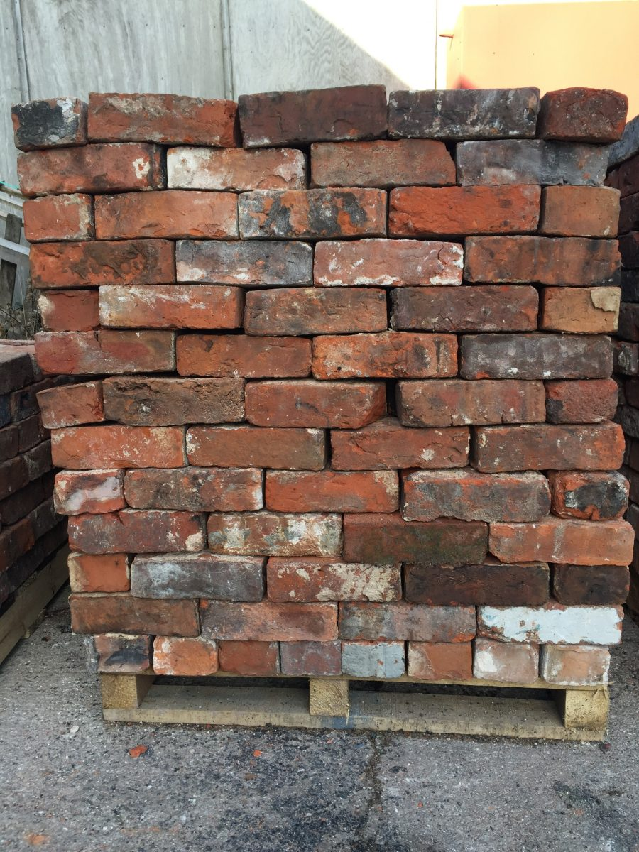 Reclaimed handmade bricks - IR Demolition and Groundworks Ltd